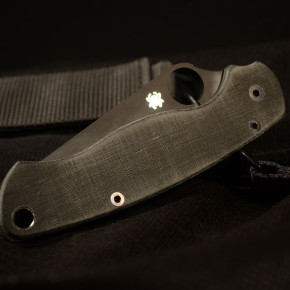 "Spyderco Para-Military 2 custom scales ""allblack"""